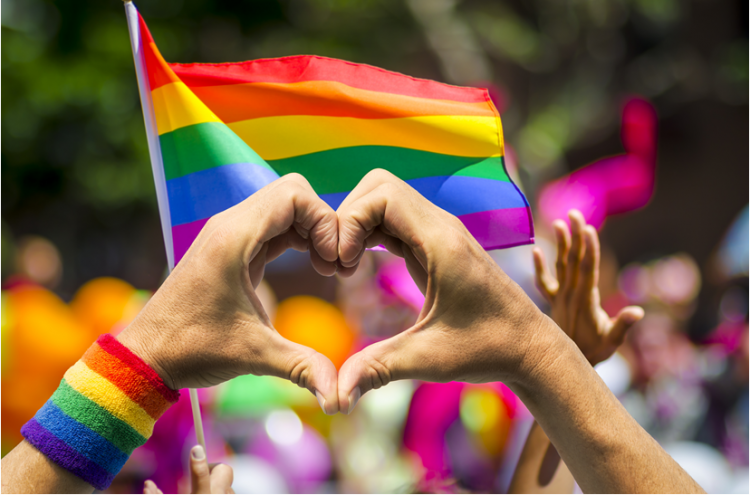 Healthy Living Blog – The Holiday Struggle for LGBTQ+ Youth